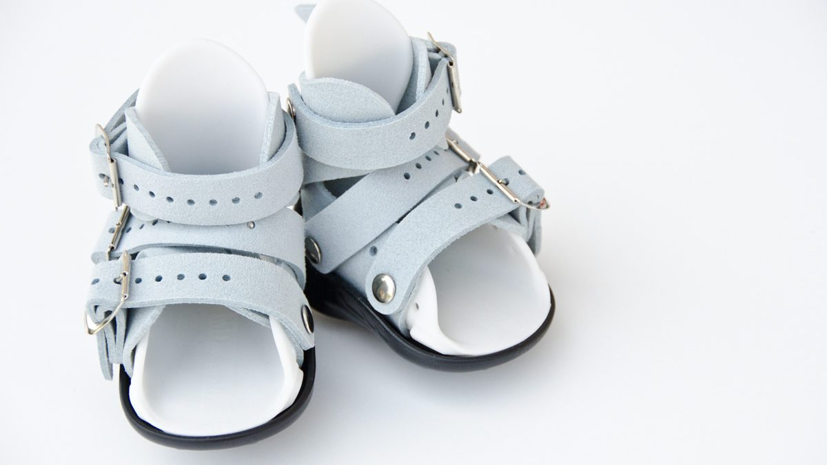 boot, sandal, Mitchell boot, Mitchell sandal, boots to brace, clubfoot, clubfeet